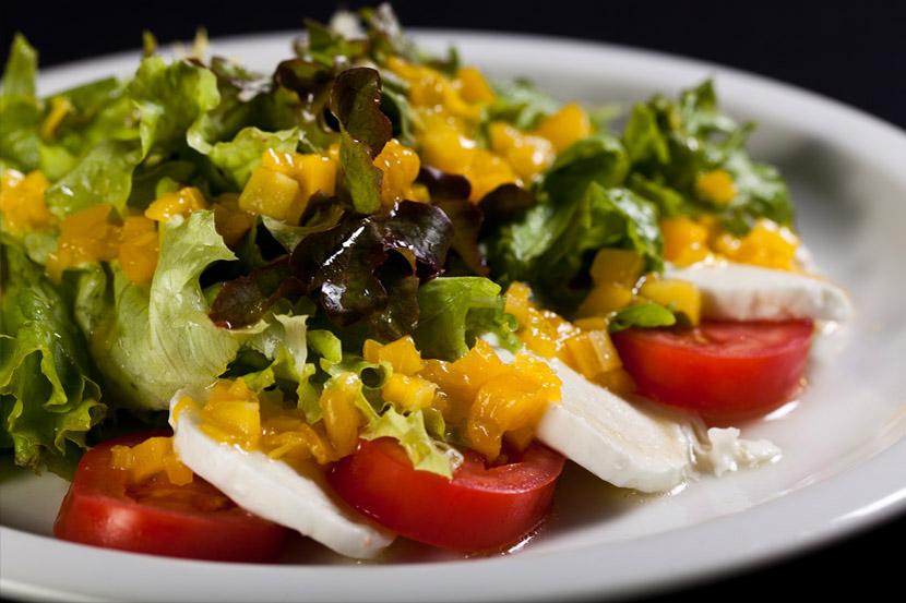 Salada caprezzi
